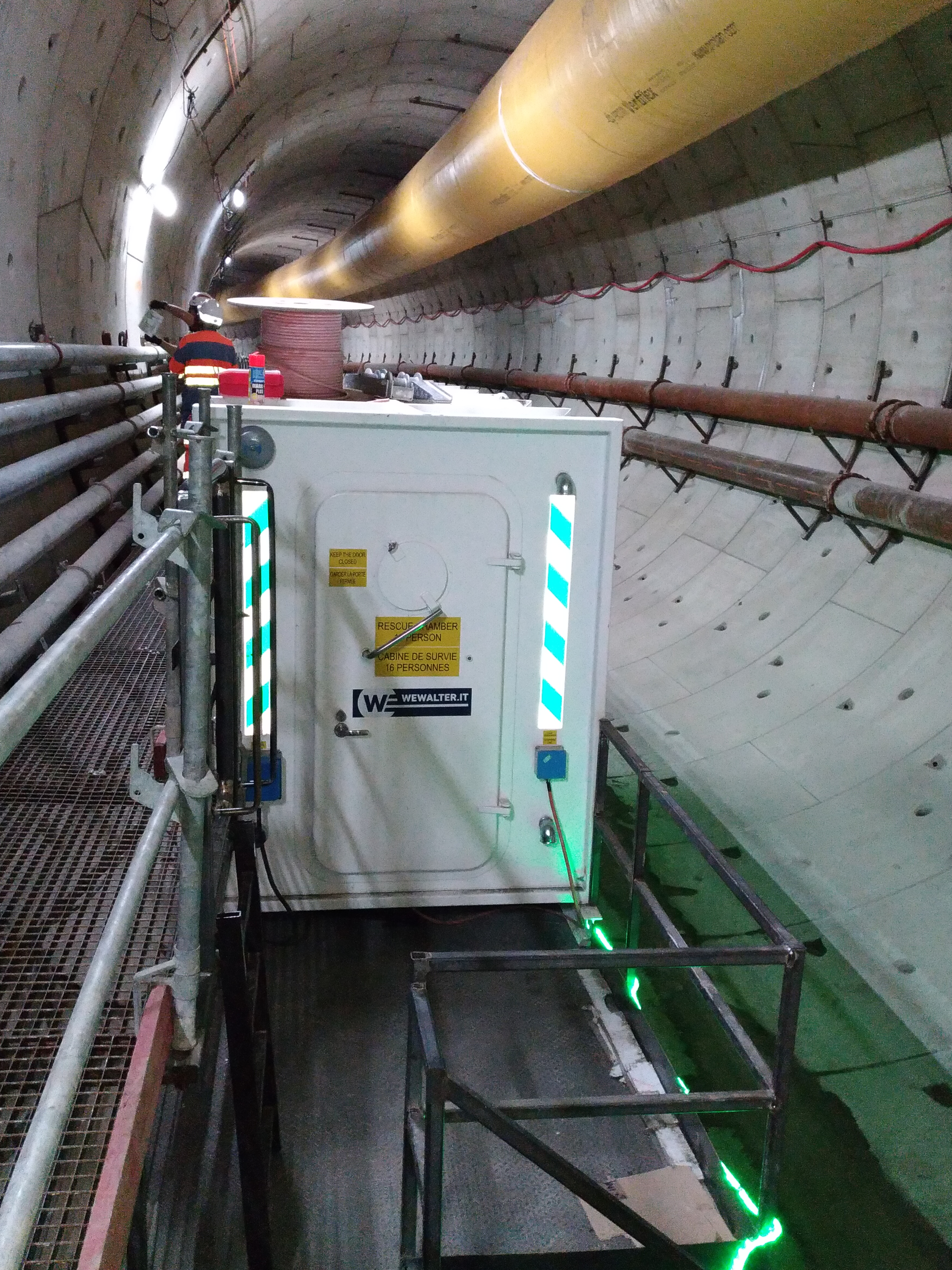 Rfeuge Chamber for tram tunnel line in France, Nice